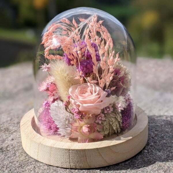 Cloche en verre et fleurs séchées pour décoration d'intérieur, Pink Purple