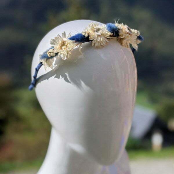 Serre-tête en fils de soie de chez Evita Peroni orné de fleurs séchées, Lola