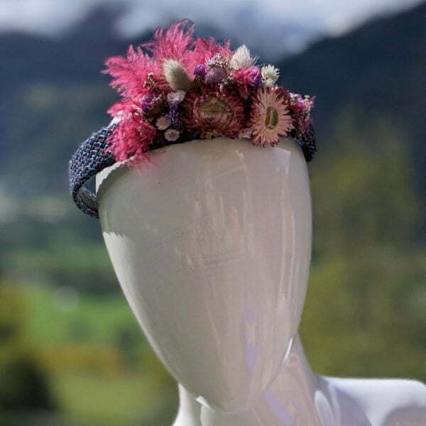 Serre-tête matelassée orné de fleurs séchées, Magalie