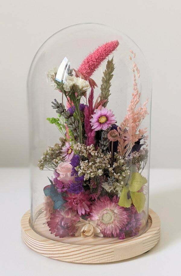 Cloche en verre avec fleurs éternelles et fleurs séchées pour décoration d'intérieur, Édith 3