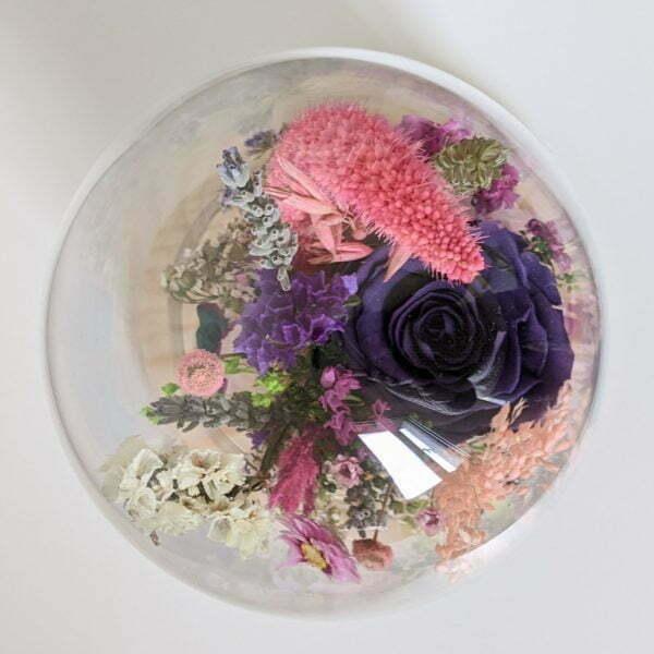Cloche en verre avec fleurs éternelles et fleurs séchées pour décoration d'intérieur, Édith 4