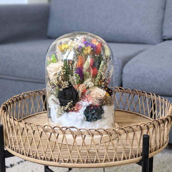 Cloche en verre avec fleurs séchées et préservées pour décoration d'intérieur, Flora 2.0 4