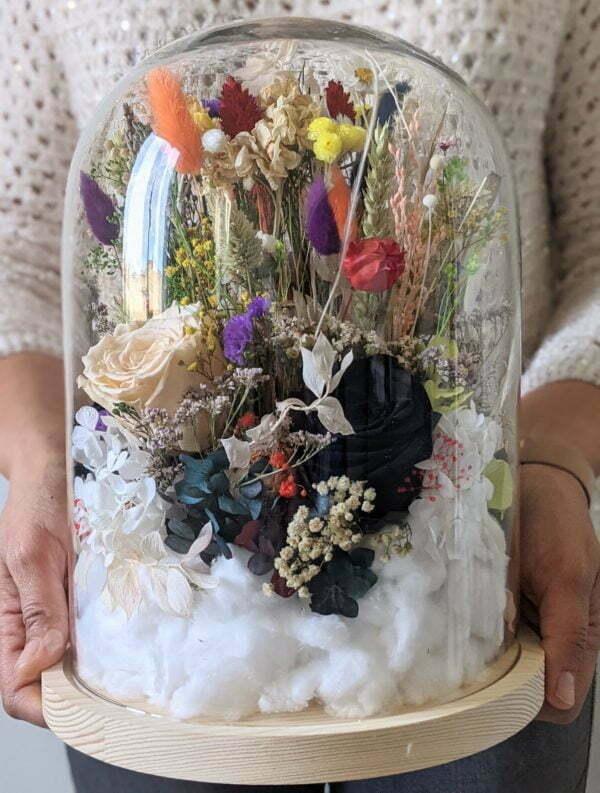 Cloche en verre avec fleurs séchées et préservées pour décoration d'intérieur, Flora 2.0 2