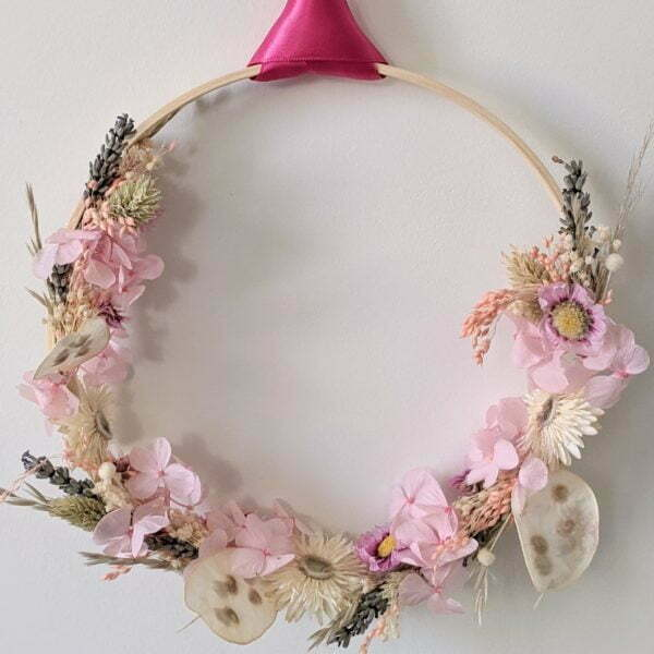 Couronne murale de fleurs stabilisées & fleurs séchées, Sweet Pink