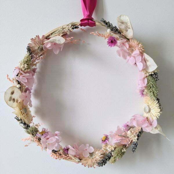 Couronne murale de fleurs stabilisées & fleurs séchées, Sweet Pink 2