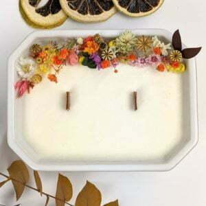 Bougie parfumée, bergamote, mandarine, basilic, en céramique et fleurs séchées, naturelle artisanale, Palma