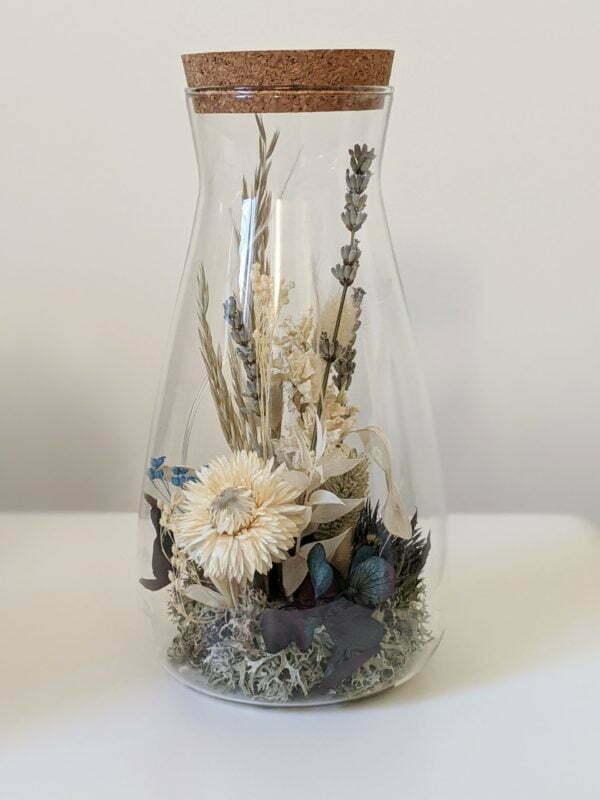Cloche en verre, fleurs stabilisées & fleurs séchées pour décoration d'intérieur, Joy 3