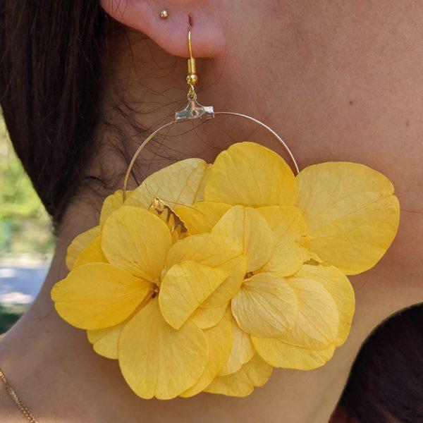 Boucles d'oreilles créoles en fleurs stabilisées, Katy 5