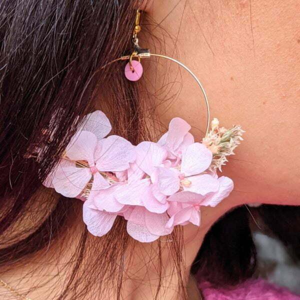 Boucles d'oreilles créoles en fleurs stabilisées, Katy 3