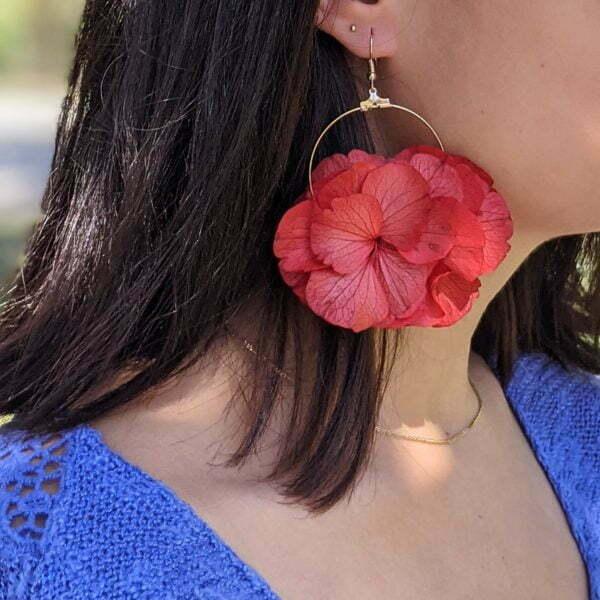 Boucles d'oreilles créoles en fleurs stabilisées, Katy