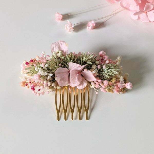 Peigne à cheveux fleuri pour coiffure de mariage en fleurs séchées & fleurs stabilisées, Romy 2