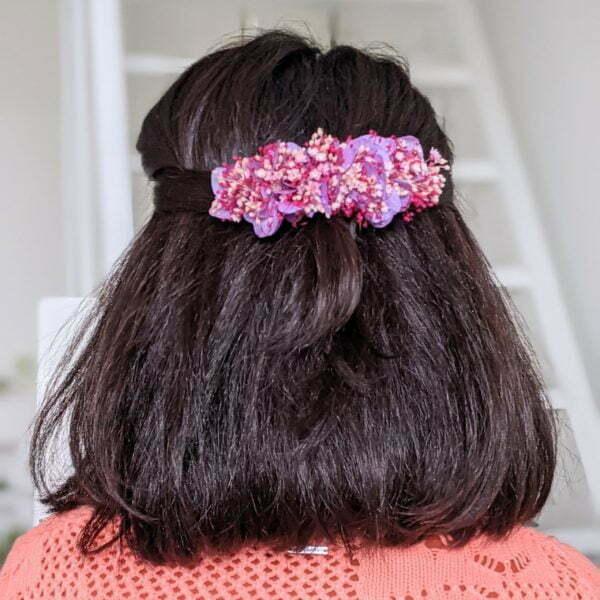 Peigne à cheveux fleuri pour coiffure de mariage en fleurs séchées & fleurs stabilisées, Isis 4
