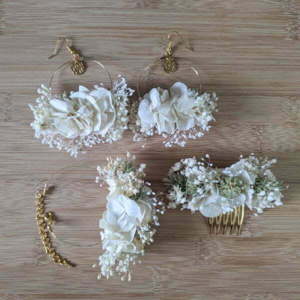 Bracelet de mariée artisanal en fleurs stabilisées & fleurs séchées, Luna 3