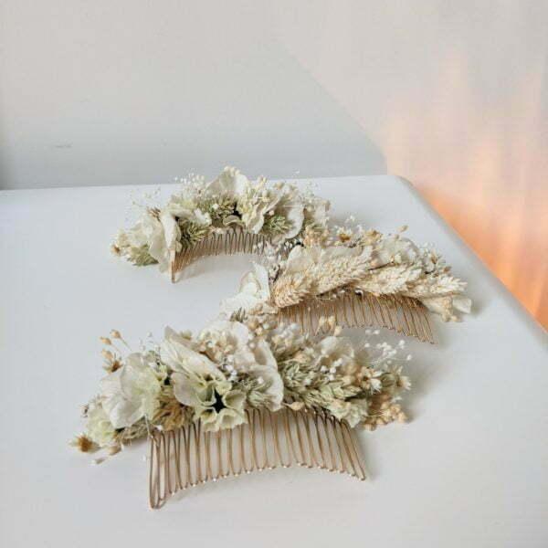 Peigne à cheveux fleuri pour coiffure de mariage en fleurs séchées & fleurs stabilisées, Luna