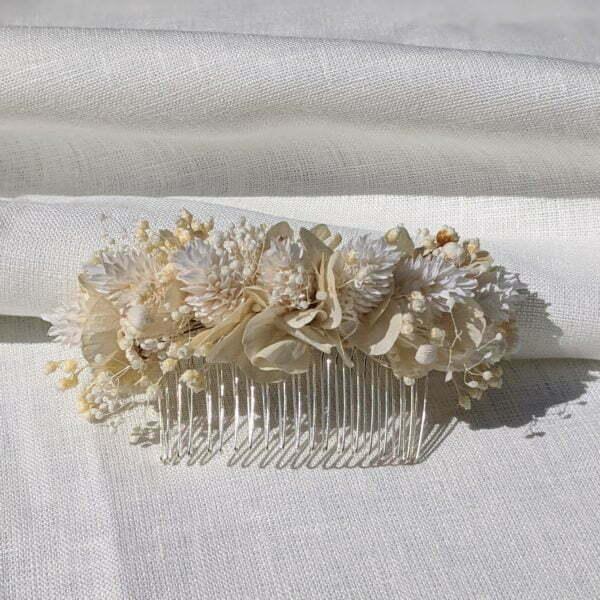Peigne à cheveux fleuri pour coiffure de mariage en fleurs séchées & fleurs stabilisées, Luna 3