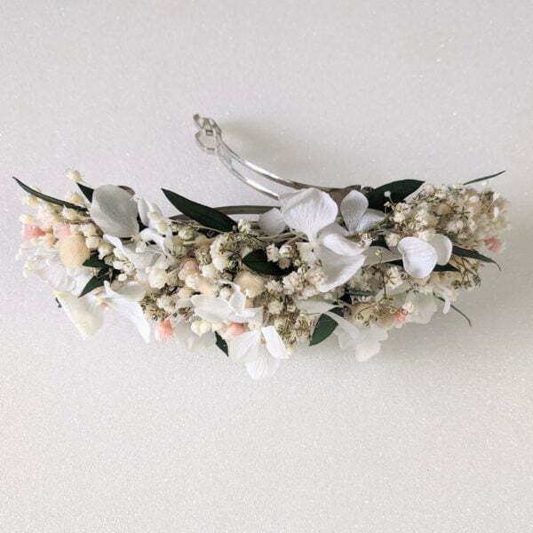 Barrette à cheveux fleurie pour coiffure de mariage en fleurs séchées & fleurs stabilisées, Rafaela 2