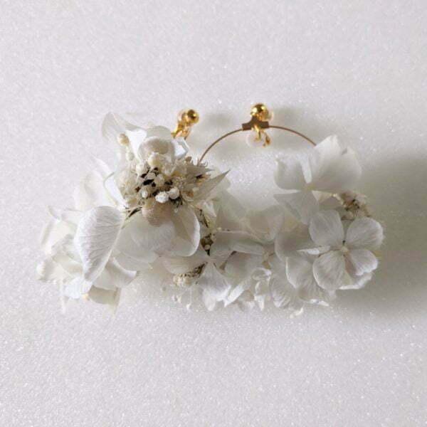 Boucles d'oreilles créoles en fleurs stabilisées, Naëlle 2