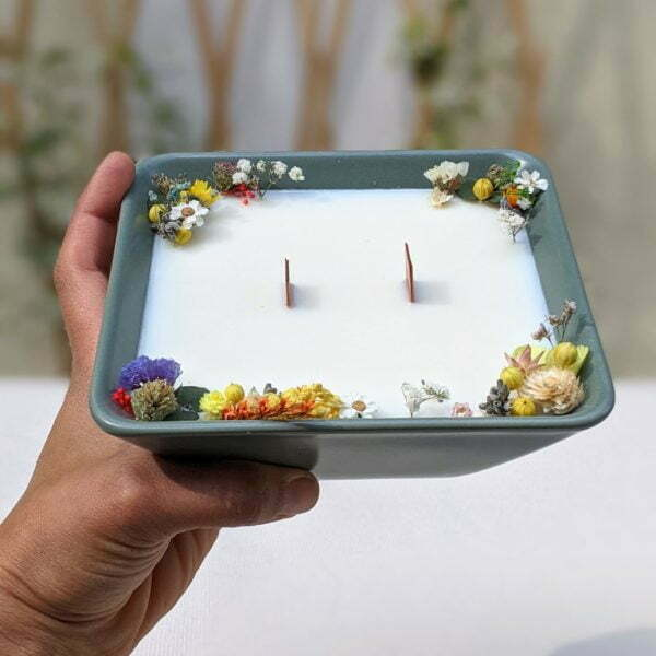 Bougie parfumée à la bergamote & fleurs séchées, naturelle artisanale, Dania 3