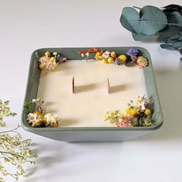 Bougie parfumée à la bergamote & fleurs séchées, naturelle artisanale, Dania 4