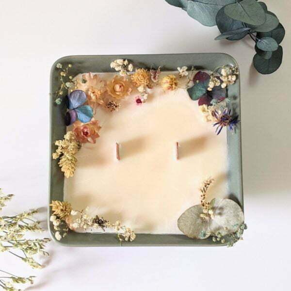 Bougie parfumée à la bergamote & fleurs séchées, naturelle artisanale, Dania 2