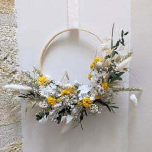 Couronne murale de fleurs séchées & fleurs stabilisées jaunes et blanches, Flore