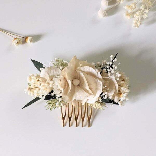 Peigne à cheveux fleuri pour coiffure de mariage en fleurs séchées & fleurs stabilisées, Inès 4