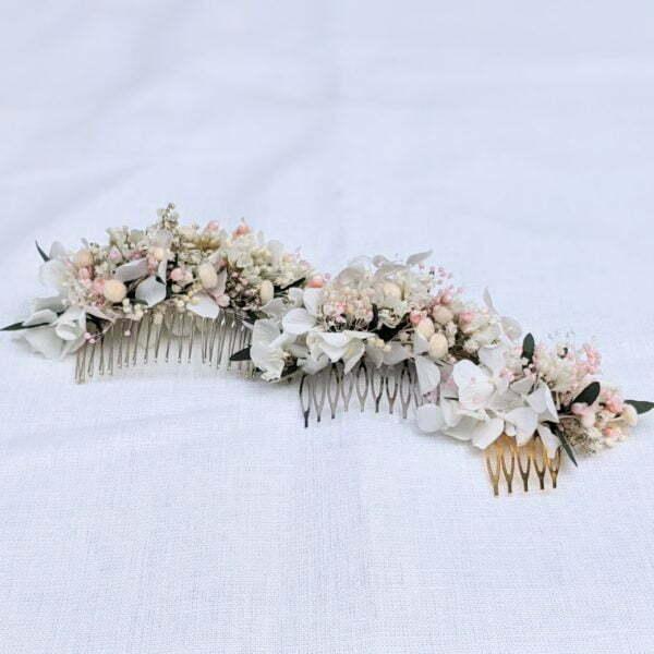 Peigne à cheveux fleuri pour coiffure de mariage en fleurs séchées & fleurs stabilisées, Rafaela 4