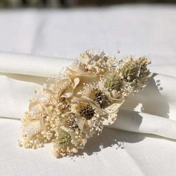 Barrette à cheveux fleurie pour coiffure de mariage en fleurs séchées & fleurs stabilisées, Luna