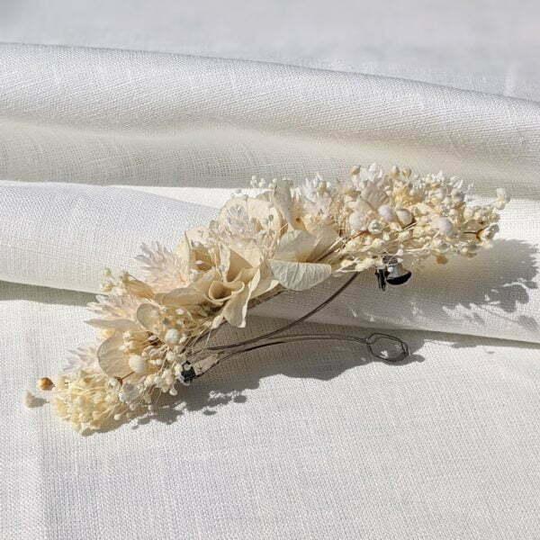 Barrette à cheveux fleurie pour coiffure de mariage en fleurs séchées & fleurs stabilisées, Luna 2