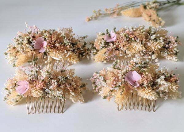 Peigne à cheveux fleuri pour coiffure de mariage en fleurs séchées & fleurs stabilisées, Melocoton 5