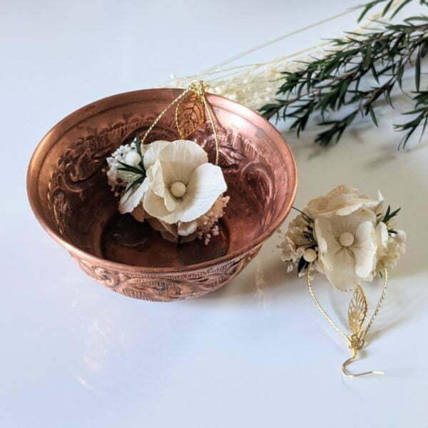 Boucles d'oreilles de mariée artisanales en fleurs séchées & fleurs stabilisées, Inès 3