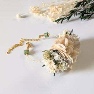 Bracelet de mariée artisanal en fleurs séchées & fleurs stabilisées, Inès