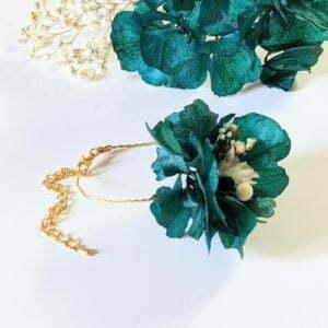 Bracelet de mariée artisanal en fleurs séchées & fleurs stabilisées, Malèna