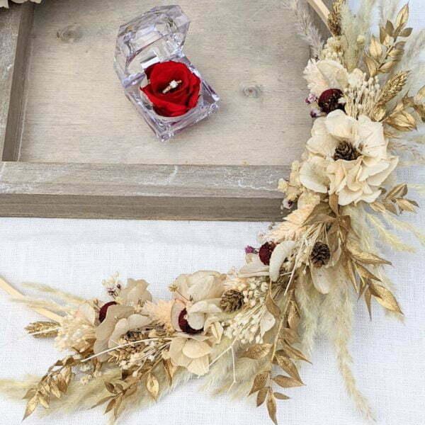 Couronne murale de fleurs séchées & fleurs stabilisées beiges, bordeaux, dorées, Felicita 2